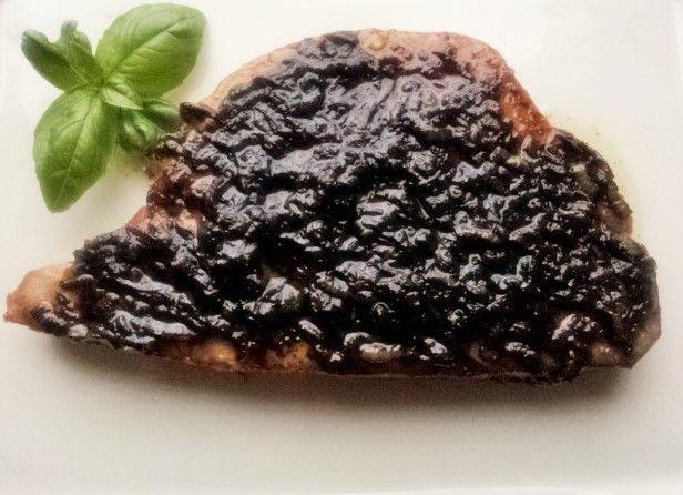 Tuńczyk z cebulą i octem