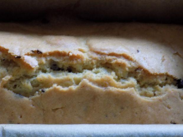 Ucierane ciasto z czekoladą i mąką ryżową
