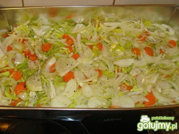 Udka pieczone na warzywkach