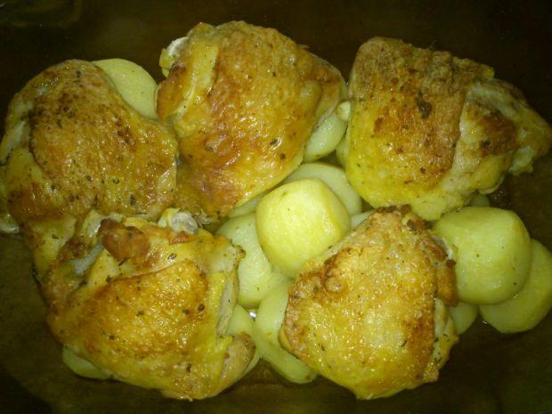 Udka pieczone z ziemniakami na gęsim smalcu