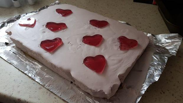 Walentynkowa pianka z serduszkami