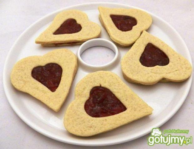 Walentynkowe ciasteczka z marmoladą
