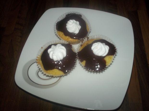 Waniliowe muffinki z bezą