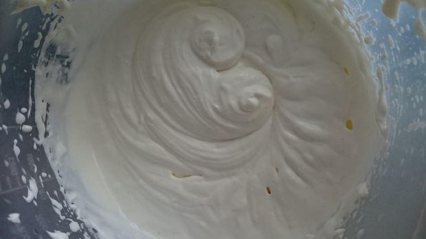 Waniliowo-kokosowy pudding z perełek tapioki