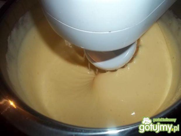 Warstwowy sernik czekoladowy na zimno
