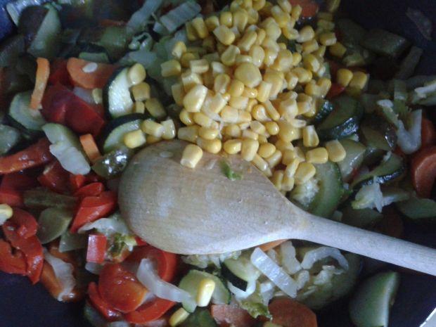 Warzywna zapiekanka z kalafiorowym puree