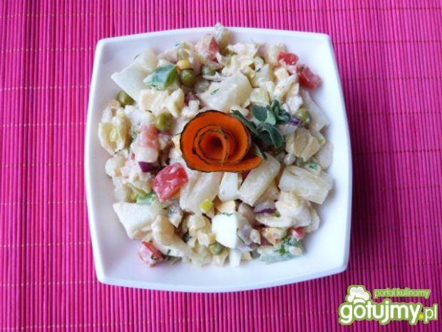 Warzywno-owocowa mix sałatka