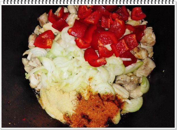 Warzywny garnek Eli z kurczakiem