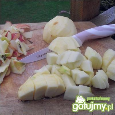 Wątróbka grillowana z jabłkiem