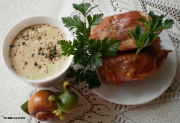 Wędzony kurczak w sosie z ziel. pieprzu