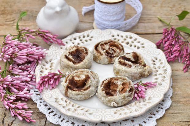 Wegańskie cynamonki-ciasteczka