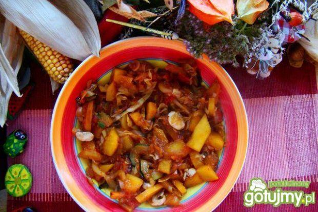 Wegetariańskie leczo warzywne