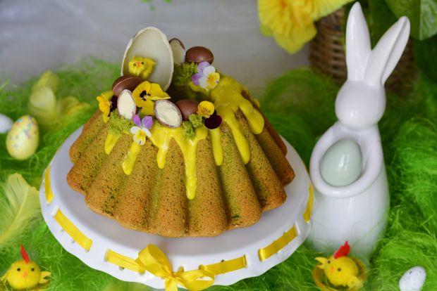 Wielkanocna babka szpinakowa z kremem lemon curd