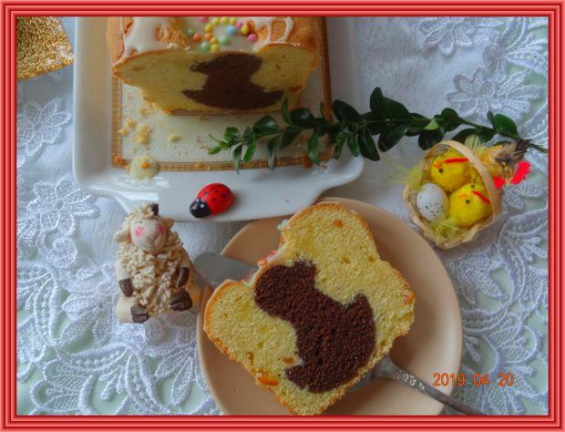 Wielkanocna babka z kaczuszką