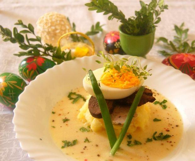 Wielkanocna chrzanowa z jajkiem i pieczoną gęsiną