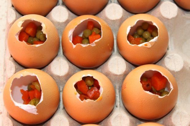 Wielkanocne galaretki w skorupkach od jajek