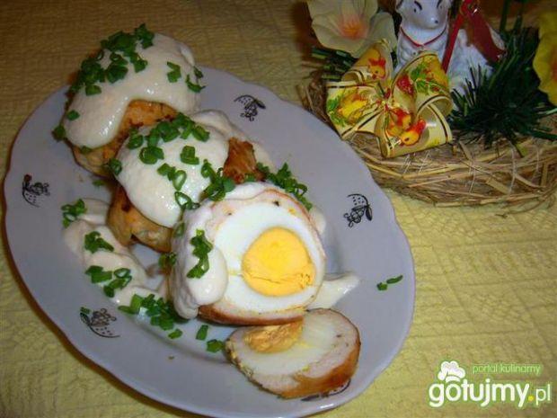 Wielkanocne jajka w drobiowej osłonce