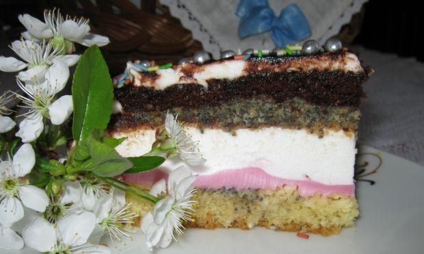 Wielokolorowe ciasto