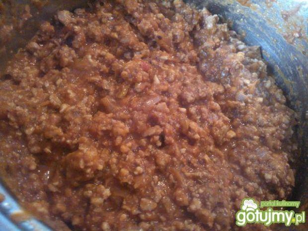 Wieprzowo-drobiowy sos do makaronu