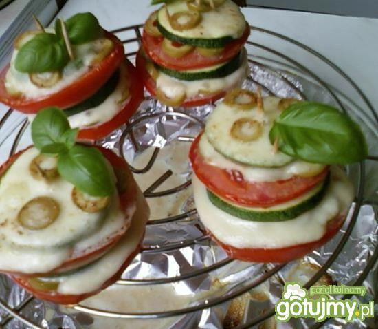 Wieżyczki z cukinii,pomidora, mozzarelli