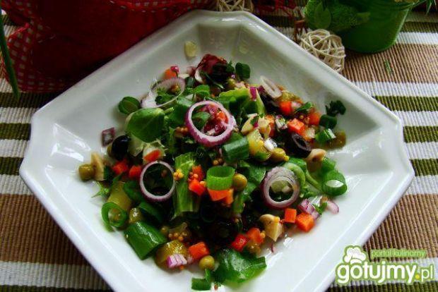 wiosenna sałatka na zielono