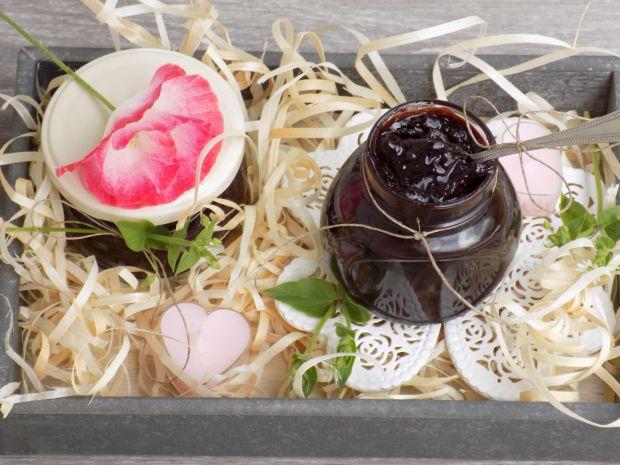 Wiśniowy dżem z czekoladą