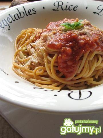 Włoski sos pomidorowy biedaków