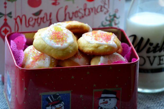 Włoskie, świąteczne ciasteczka z ricottą