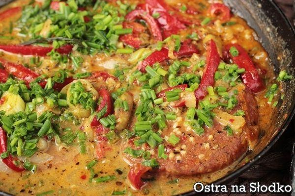 Wołowina z warzywami w sosie paprykowym
