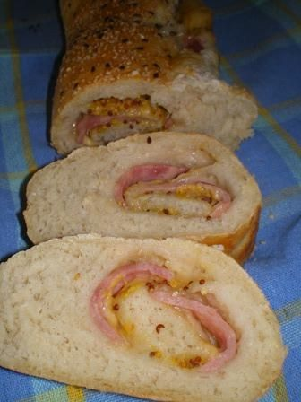 Wyrolowana kanapka