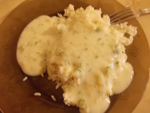 Wyśmienity sos koperkowy idealny do ryżu