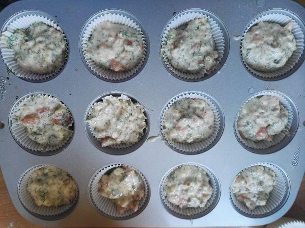 Wytrawne muffinki z łososiem i orzechami