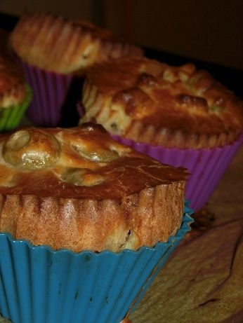 Wytrawne muffiny z oliwkami i fetą