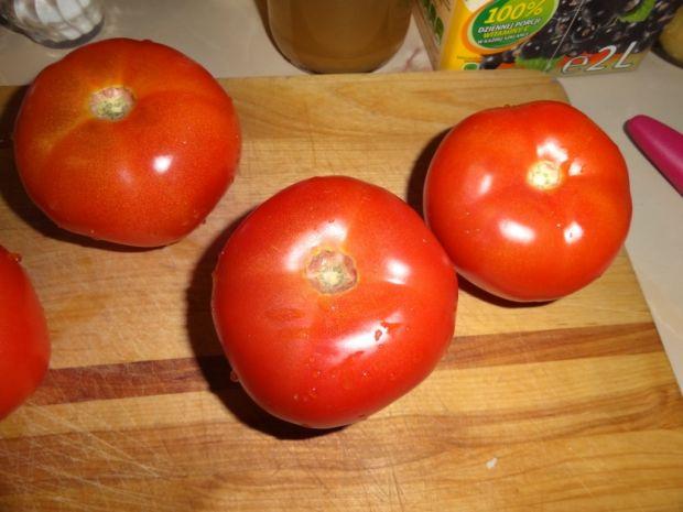 Zapiekane pomidory z jajkiem