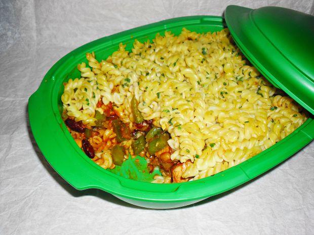 Zapiekanka chili con carne