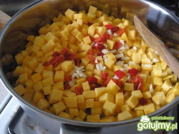 Zapiekanka makaronowa z dynią i kurczaki