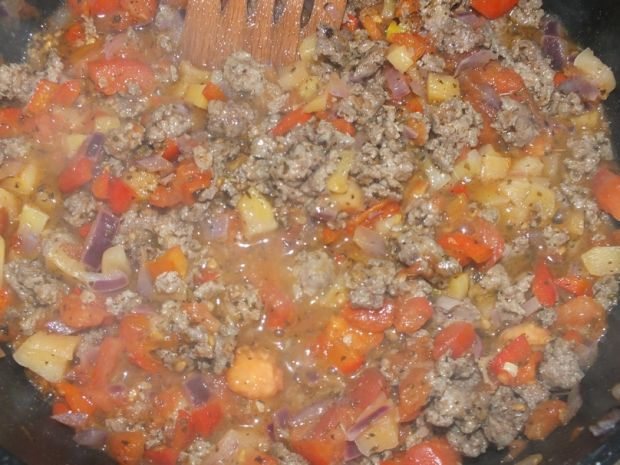 Zapiekanka makaronowa z letnimi warzywami