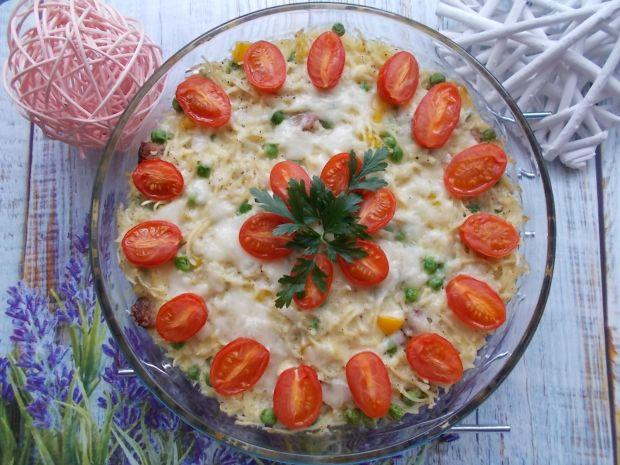 Zapiekanka makaronowa z pomidorkami