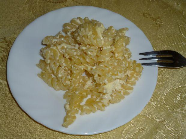 Zapiekanka makaronowa z serem