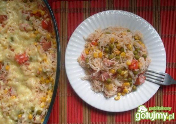 Zapiekanka z makaronem ryż. i kielbasą