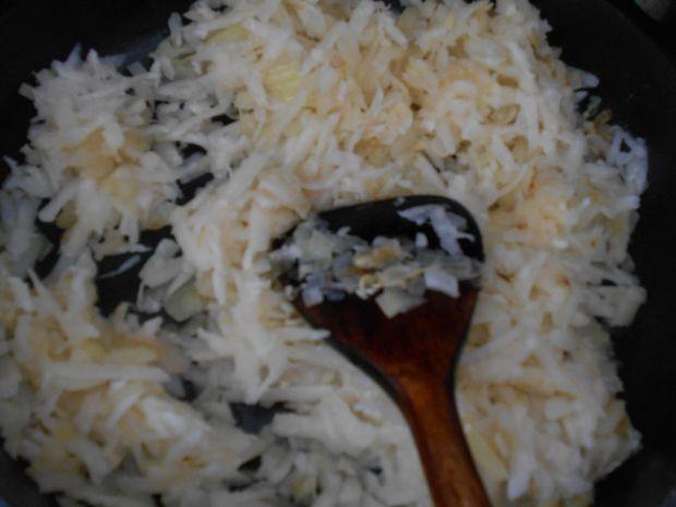 Zapiekanka z mięsem i kalarepką