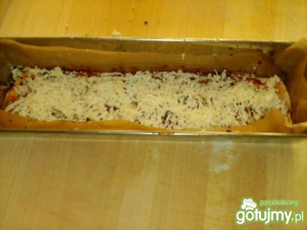 Zapiekanka z mozzarellą i pieczarkami