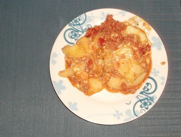zapiekanka z ziemniakami i mięsem mielonym