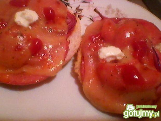 Zapiekanki z serem i papryką