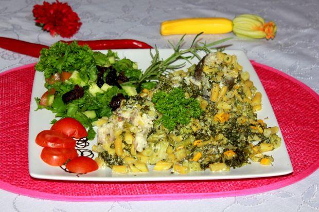Zapiekany pstrąg z warzywami