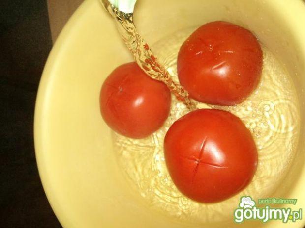Zdrowa pomidorowa surówka do obiadu