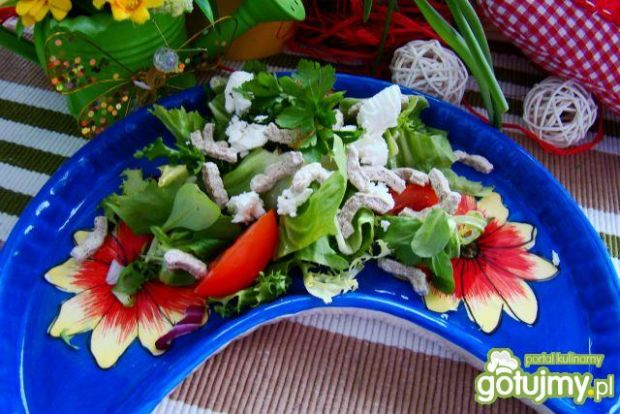 Zdrowa sałatka z dawką błonnika