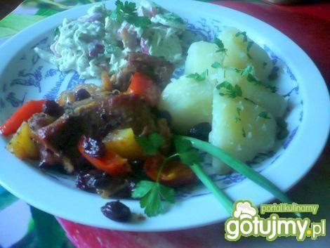 Żeberka z warzywami