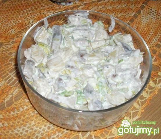 Zielona sałatka sledziowa