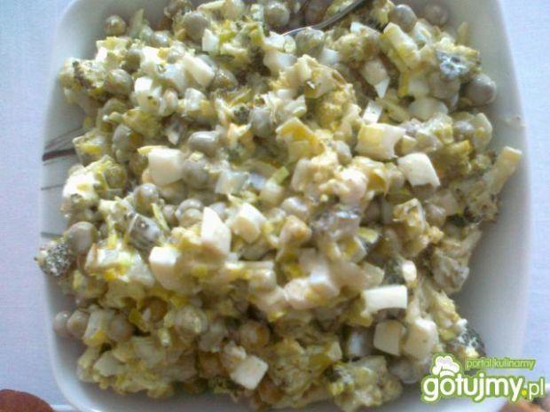 Zielona sałatka z brokułem